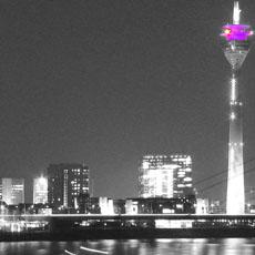 Düsseldorfer Skyline bei Nacht